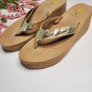 Volatile Gold Leather Trim Wedge Thong Sandals 9M